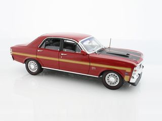 1/24 1969 Ford Falcon XW GTHO (Candy Apple Red)