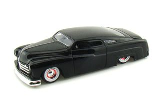1/24 1951 Mercury Custom Car (Black)