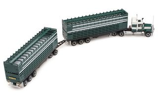 1/64 Mack Livestock Road Train