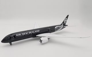 1/200 2014 Air NZ 787 Dreamliner
