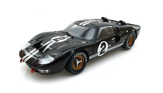 Shelby Collectibles 1/18 1966 Ford GT40 MK II - Le Mans