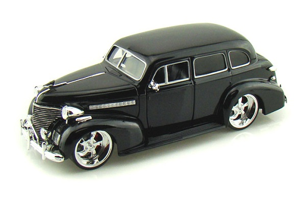 1/24 1939 Chevrolet Master Deluxe Custom (Black)
