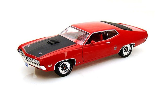 1/18 1970 Ford Torino GT Hard Top