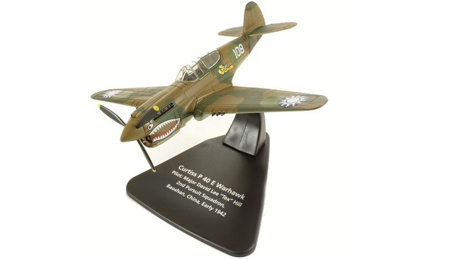 1/72 1942 Curtiss P-40 E Warhawk