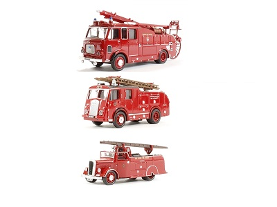 1/76 Dennis Fire Engine Triple
