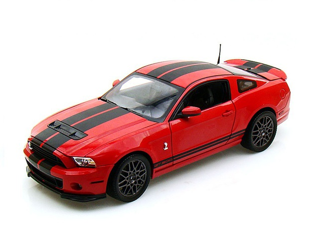 1/18 2013 Shelby Mustang GT500